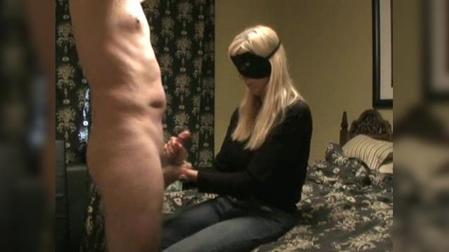 clip90 jerked from both side snow