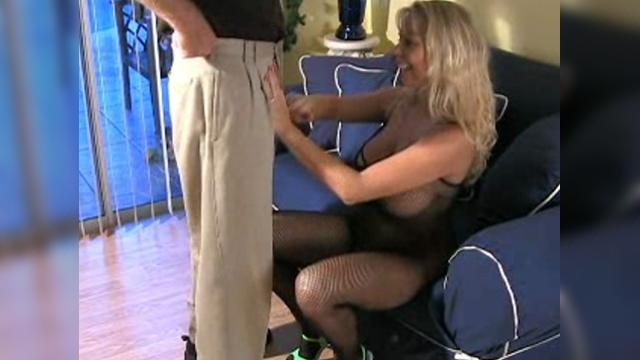 tight blonde sex
