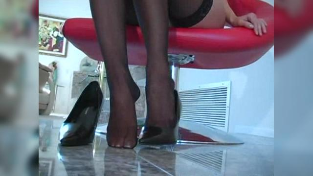 Crissy Moran - Playtime Pantyhose Video 1752